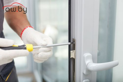 Почему ломаются пластиковые окна и где заказать качественный ремонт