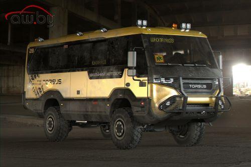 Чешско-украинская фирма создала школьный автобус для бездорожья