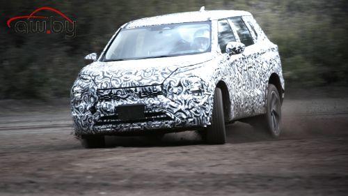 Mitsubishi запустила в производство новый Outlander